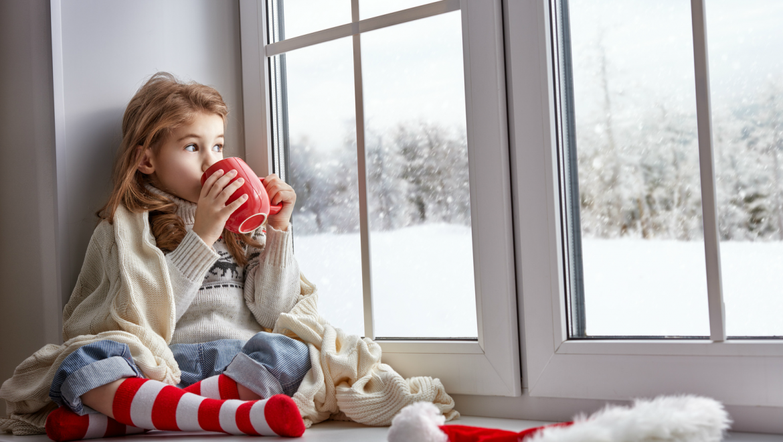 Как утеплить окна на зиму?