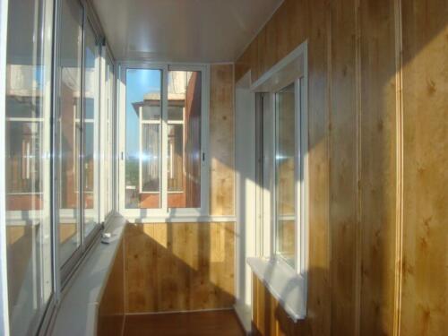 osteklenie-otdelka-balkonov-i-lodzhij-galllery-10
