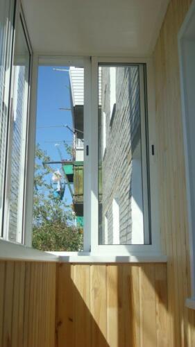 osteklenie-otdelka-balkonov-i-lodzhij-galllery-11
