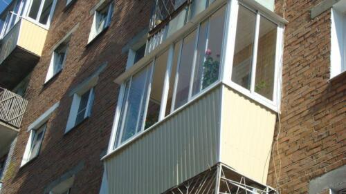 osteklenie-otdelka-balkonov-i-lodzhij-galllery-14